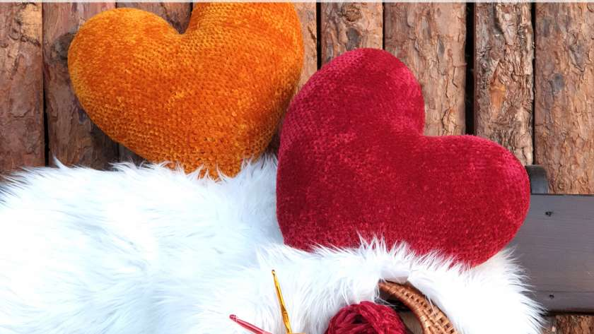 Тема на месеца {февруари}: плетени сърца