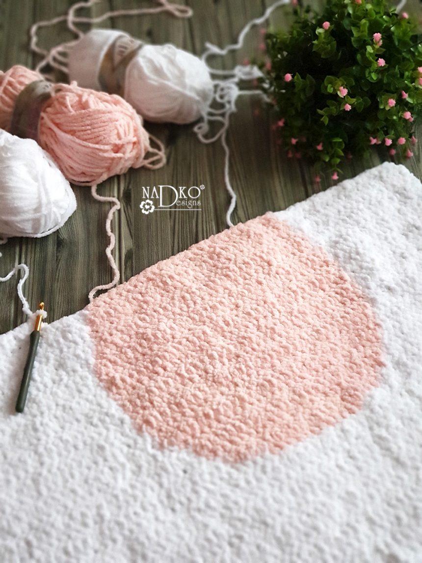 """Бебешко одеяло """"Зайко"""" – част II: как да сменяме цветовете при плетене на една кука"""